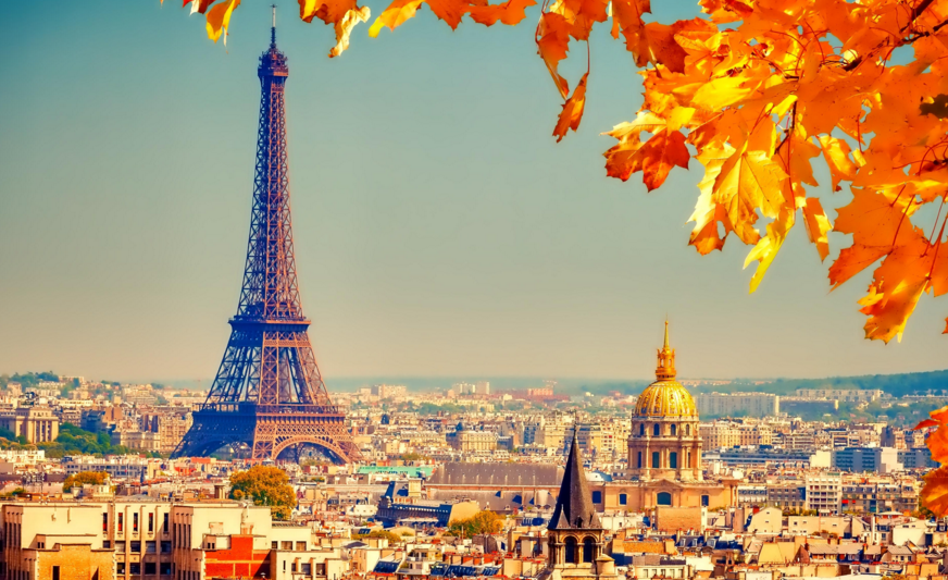 Eiffel tower Paris in fall